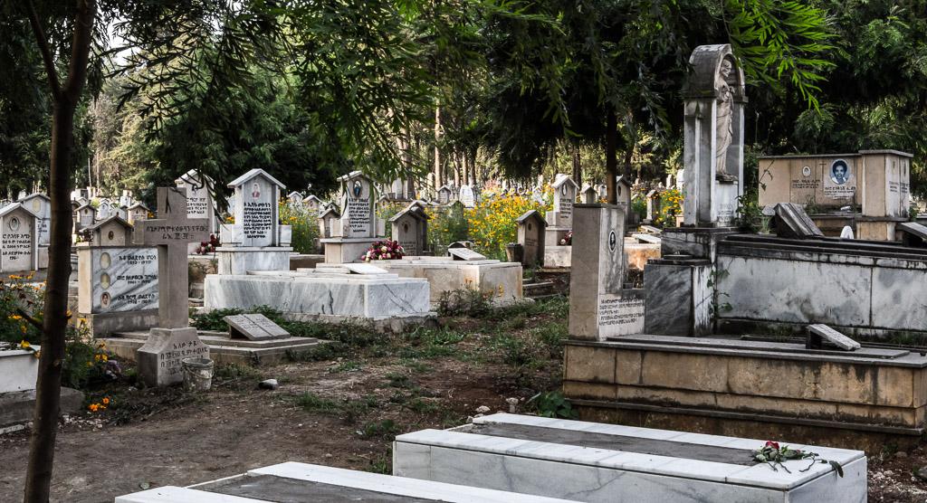 """Kyrkogård för """"främlingar"""", det vill säga icke-ortodoxa, i Addis."""